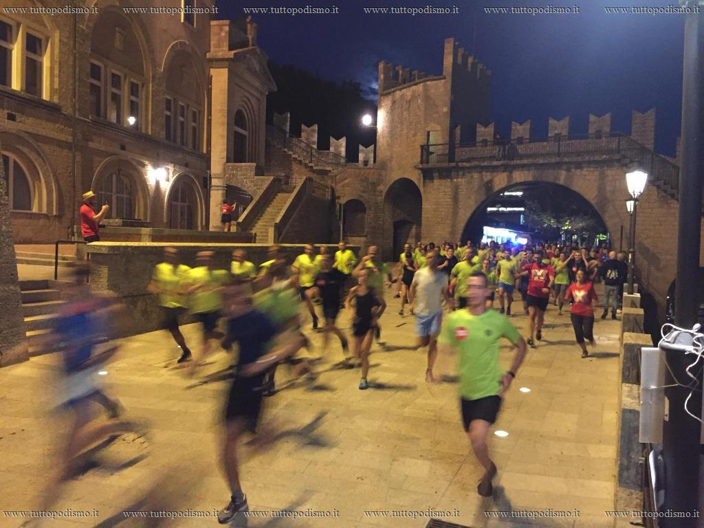 TEDxCitta_diSanMarino_Night_Run_2018 - Z6.jpg