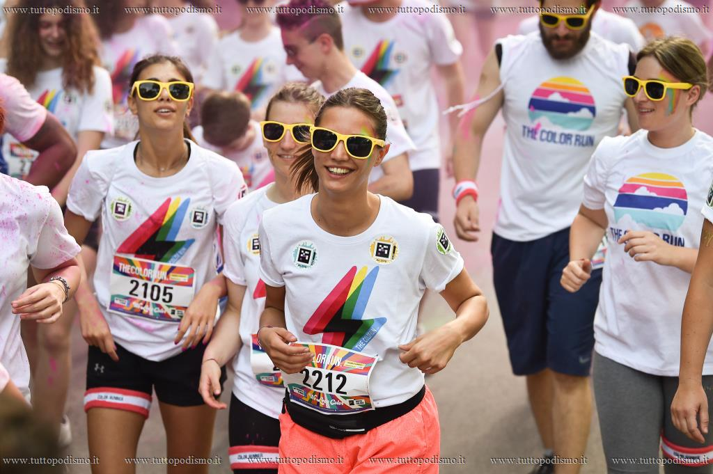 THE_COLOR_RUN_2019_LoveTour - TheColorRun.JPG