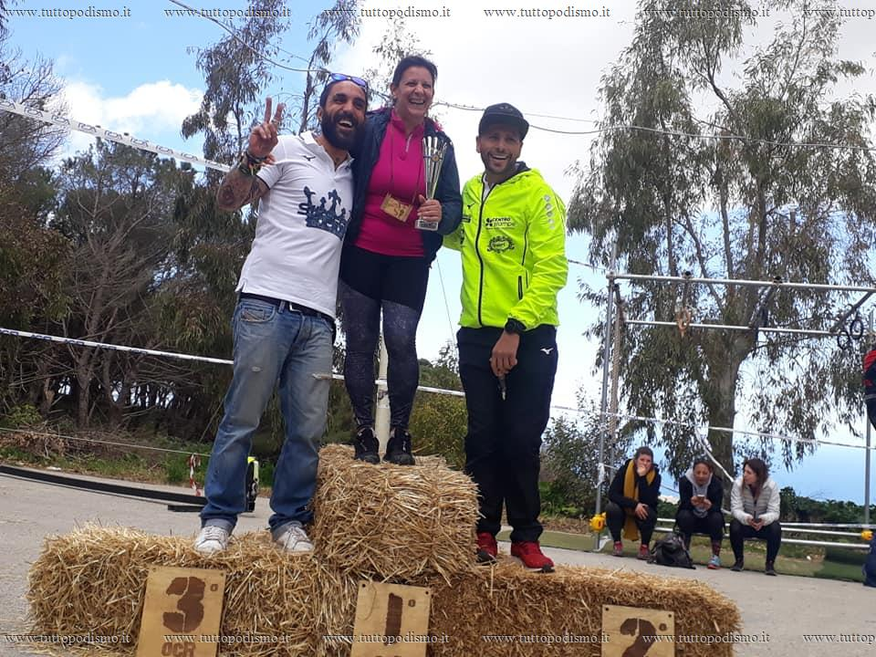 Warriors_Mud_Race_OCR_Trail_Citta_di_Alcamo_2019 - podio femminile over ocr alcamo.jpg